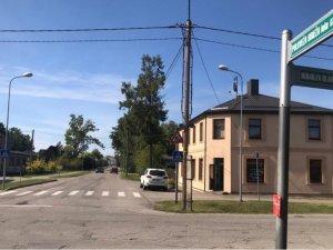 Uzsāks asfaltseguma virskārtas atjaunošanas darbus Pulkveža Brieža ielas posmos